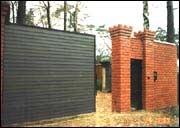 Автоматические откатные ворота консольного типа.